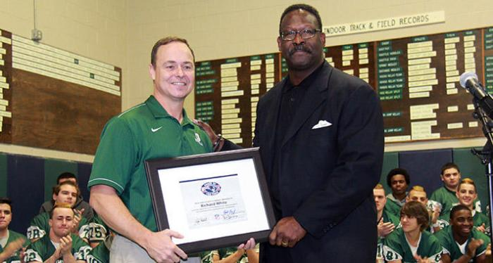 710x380-20141210-coach-of-year-hs